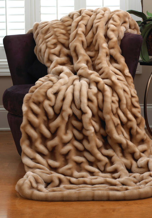 Donna Salyers Fabulous Furs Couture Champagne Faux Fur Throw