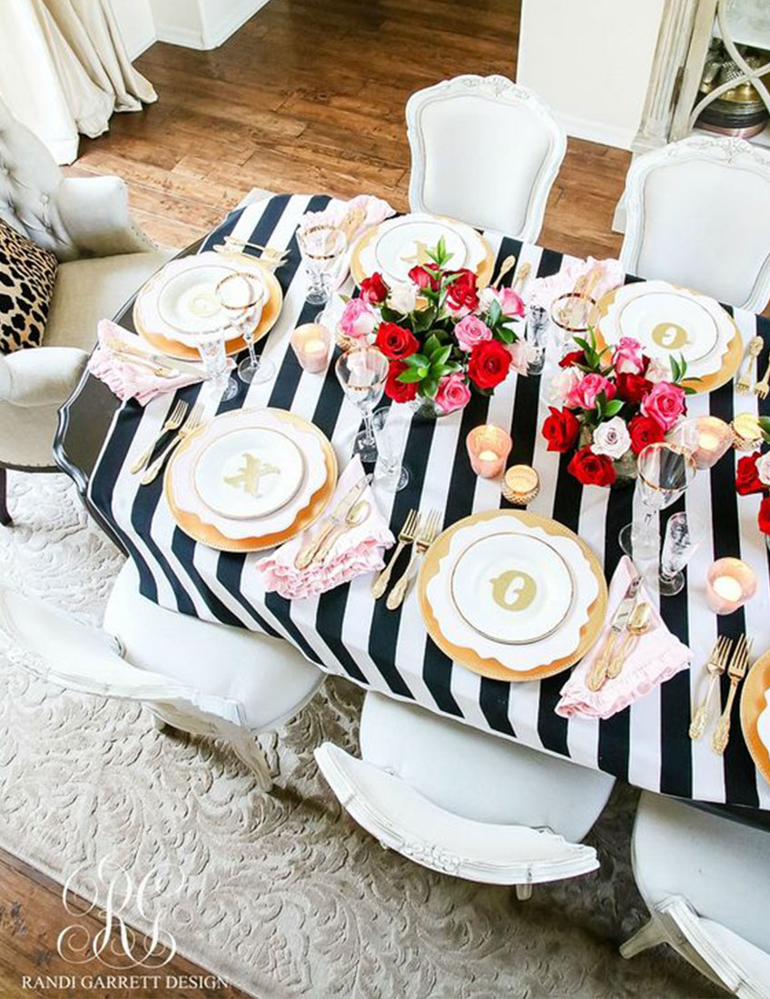 Galentine's Day Table Setting | Valentine's Day Party Table