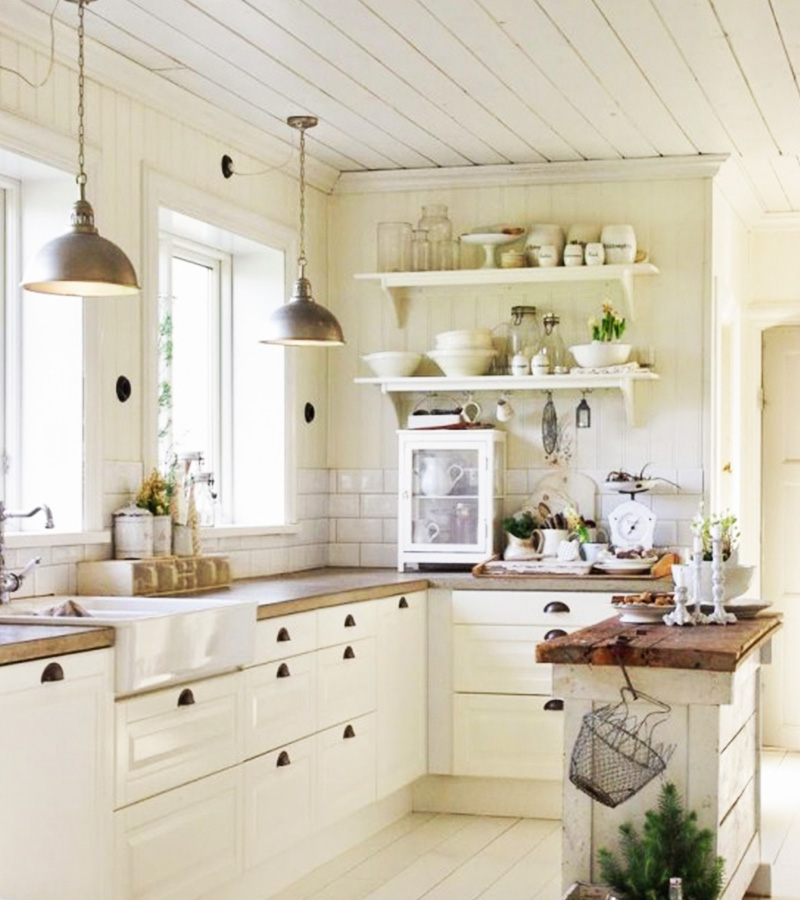 Create A Farmhouse Interior With These 5 Easy Essentials