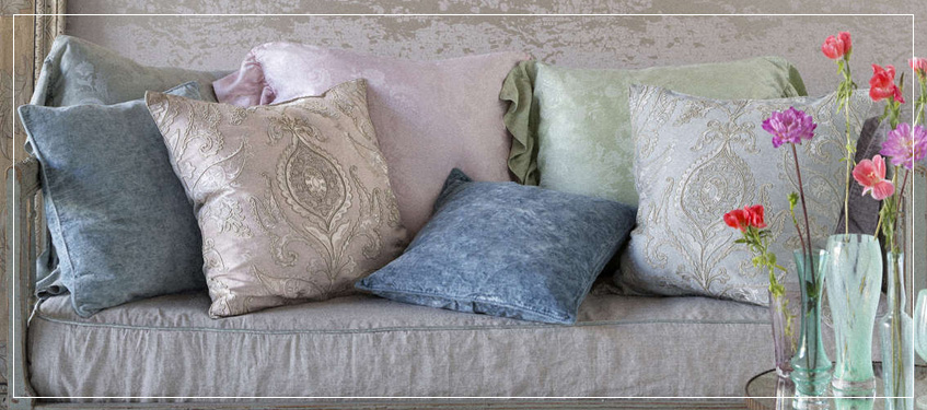 Bella Notte Accent Pillows Luxury Bedding Sets Custom Bed Linens Interesting Decorative Kidney Pillows