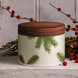 Holiday Fragrances & Candles