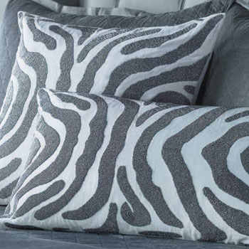 2019 Winter Interior Design Trend - Animal Print Home Decor