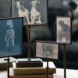 Wedding Gift Ideas | Photo Stands and Vintage Picture Frames