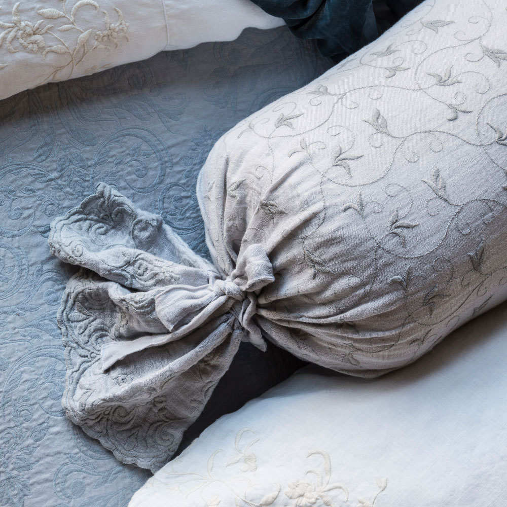 bella notte antonia bolster pillow 30ant759