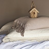 Bella Notte Linen with Crochet Lace Pillowcases