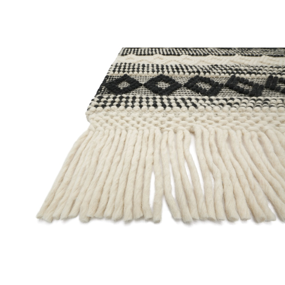 Magnolia Home Holloway Rug by Joanna Gaines - Ivory / Black